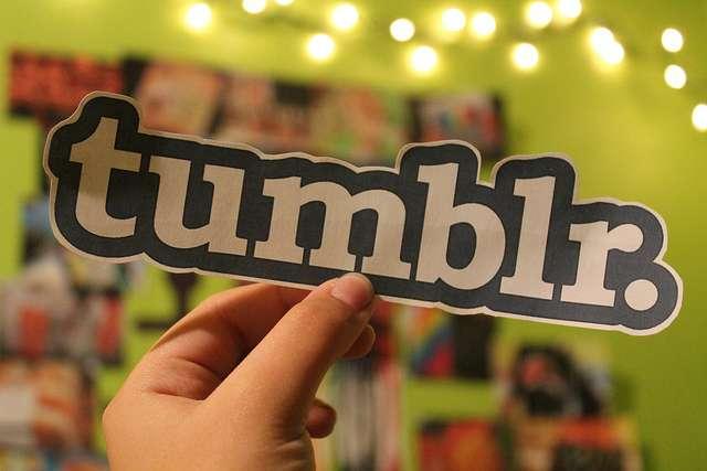 Tumblr logo hand