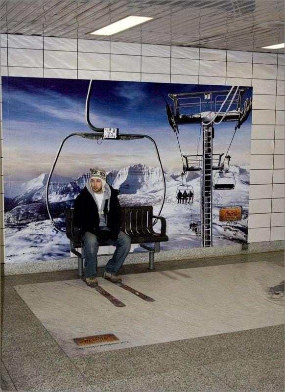 Canada skiing ad